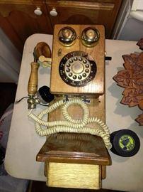 ANTIQUE REPRODUCTION PHONE
