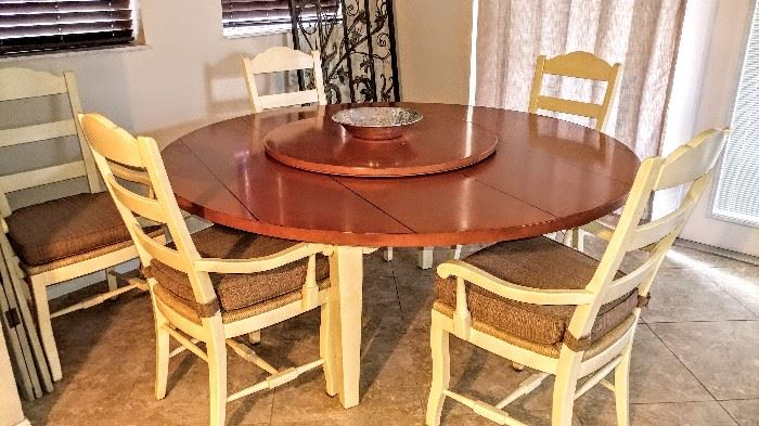 Wood round table with lazy Susan