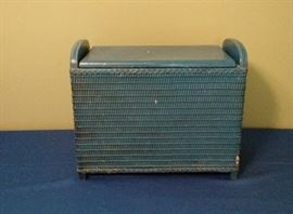 Small Vintage wicker  hamper perfect for repainting