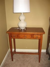 Nice Side Table, Lots of Really Nice Lamps in this Home...