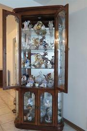 Lot # 103      2 Door Glass Display Case