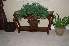WOOD SOFA TABLE, QUALITY DECOR