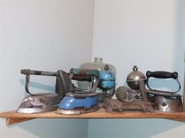 Sad Irons, Early Steam Iron, Fluter