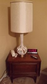 MATCHING TEAK NITE STAND & GREAT 50'S LAMP THAT ALSO LIGHT AT THE BOTTOM