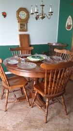 HARD ROCK MAPLE DINING TABLE, 2 LEAVES, 6 CHAIRS.....REGULATOR WALL CLOCK