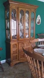 HARD ROCK MAPLE COLONIAL STYLE CHINA HUTCH