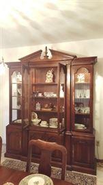 Magnificent cabinet