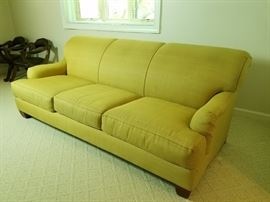 Robin Bruce Sofa     http://www.ctonlineauctions.com/detail.asp?id=736211