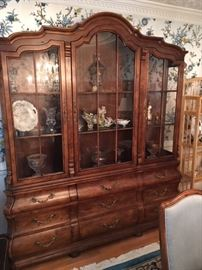 "Henredo ""Villandry"" china cabinet.  Also available- dining room table with 8 chairs, small server"