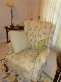 side chair, matches other one