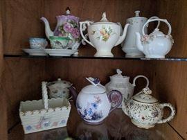 Vintage Floral Teapots