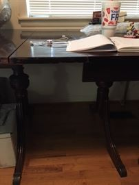 Close up, Large Duncan Phyfe table, 3 pedestal legs. Available