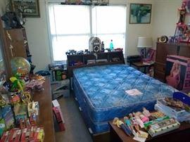 Mid Century Bassett 3 Piece Bedroom Suite