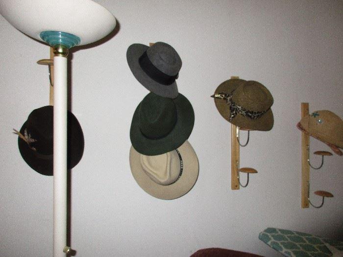 HATS LAMP