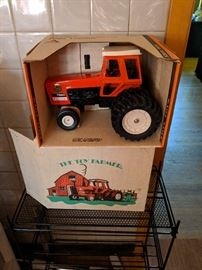 Ertl, Allis-Chalmers, Mint in Box.  Includes original outer box.