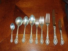 """Lunt """"Eloquence"""" Sterling 9 pc setting for 12"""