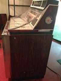 Side View of Wurlitzer Jukebox