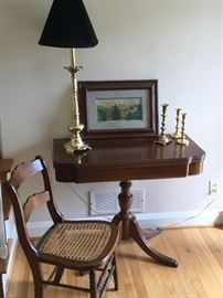 Side Table Set           http://www.ctonlineauctions.com/detail.asp?id=736273