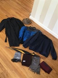 Men's Outerwear              http://www.ctonlineauctions.com/detail.asp?id=736277