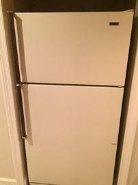 Kenmore refrigerator - freezer