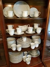 """Prestige"" Pattern China Service for 12 with extras http://www.ctonlineauctions.com/detail.asp?id=737104"