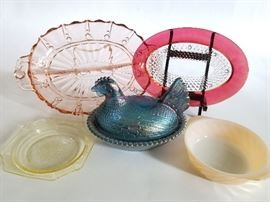 Vintage Carnival and Depression Glass   http://www.ctonlineauctions.com/detail.asp?id=737107