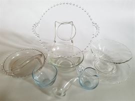 Chic Glass Serving Piece    http://www.ctonlineauctions.com/detail.asp?id=737110
