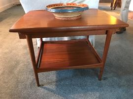mid century modern end table...the single drawer can be accessed/pulled from either end.