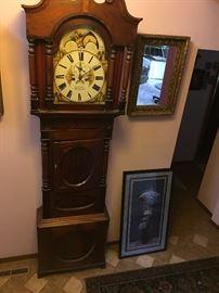 Bethesda (US) grandfather clock.