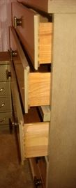 Superior made dresser with dovetail drawer construction