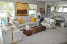 Spectacular neutral living room furnishings!  Perfect for redecorating any home.