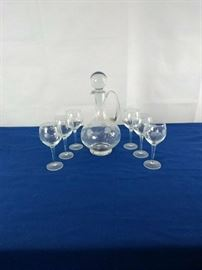 001 - Decanter and 6 wine glasses  https://ctbids.com/#!/description/share/35832