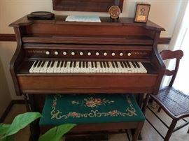 W.W. Putnam Organ (Works)