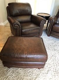 Italia USA Leather Chair & Ottoman