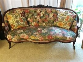 french tufted setee