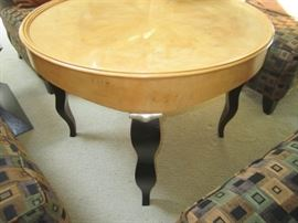GREAT ROUND TABLE MAYBE CENTURY BRAND