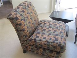 4 SIDE CHAIRS