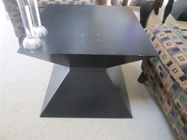 PAIR OF END TABLES AND DECOR
