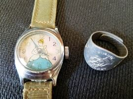 Cinderella Watch & Jiminy Cricket Ring                http://www.ctonlineauctions.com/detail.asp?id=737212