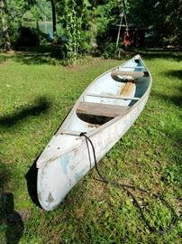 Fiberglass Canoe    http://www.ctonlineauctions.com/detail.asp?id=733077