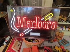 Classic Marlboro Sign