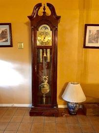 Howard Miller Grandfather clock. Beautiful chimes