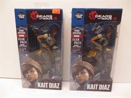 Lot of 2 gears of war 4 figure