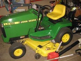 John Deere LX188, excellent condition
