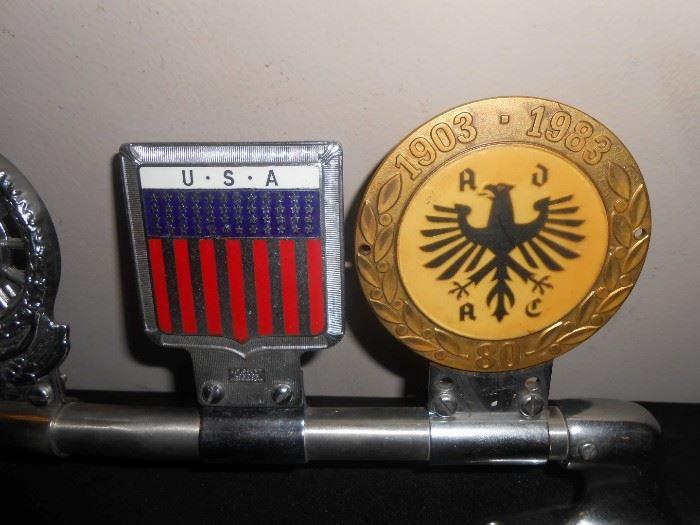 JR Gaunt & Desmo car badges