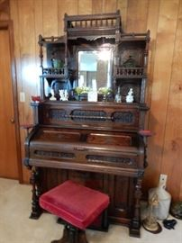 Victorian Eastlake Pump Organ
