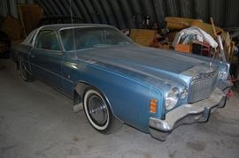 1977 Chrysler Cordoba Coupe car