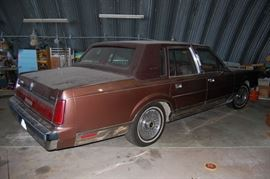 1985 Lincoln Towncar with 1,300 Original Miles!