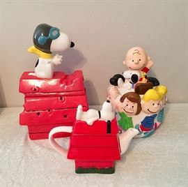Flying Ace cookie jar, Snoopy tea pot, Peanuts gang canister