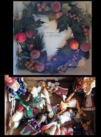 bab Christmas Wreath and Ornaments